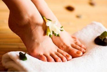 Забота о ногах с педикюром